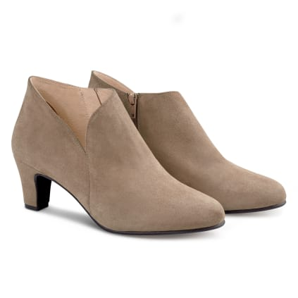Stiefelette mit V-Cut-Out Taupe