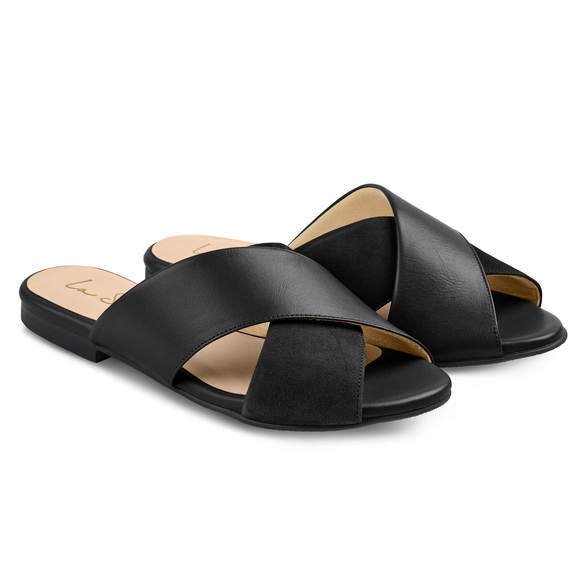 Pantolette Materialmix Schwarz – modischer und bequemer Schuh für Hallux valgus und empfindliche Füße von LaShoe.de