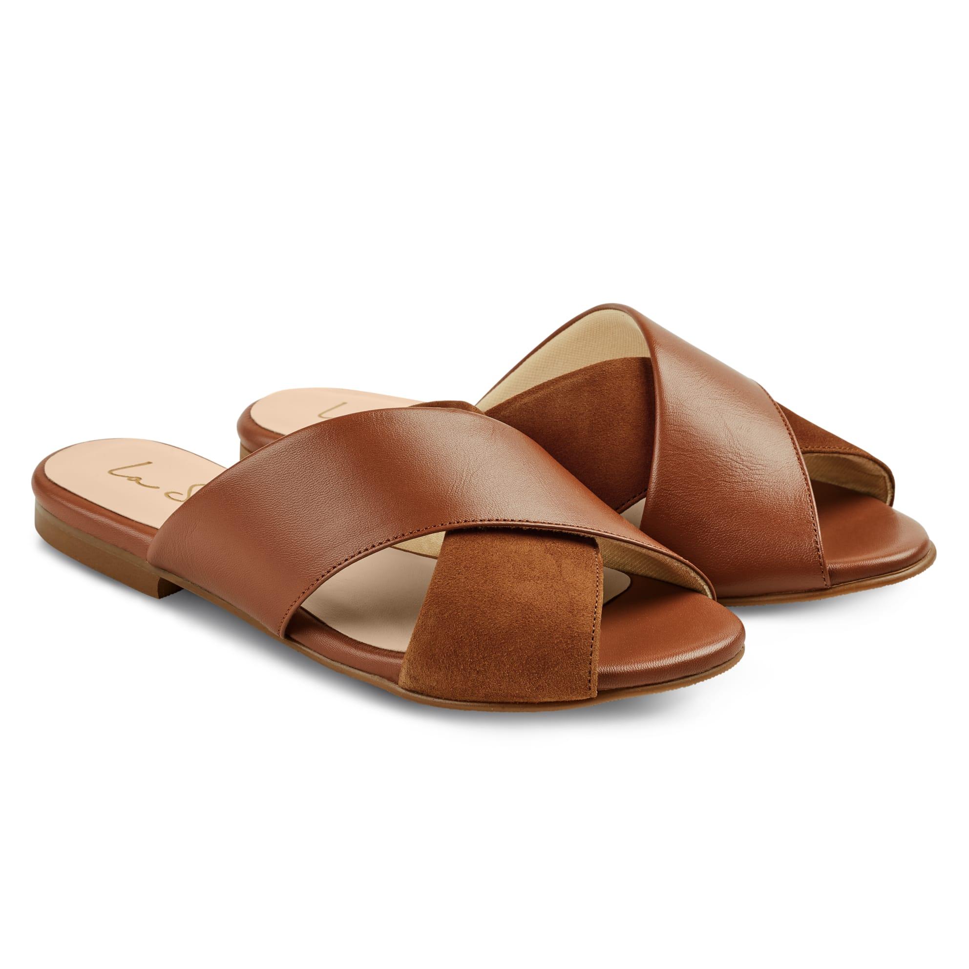 Pantolette Materialmix Cognac – modischer und bequemer Schuh für Hallux valgus und empfindliche Füße von LaShoe.de