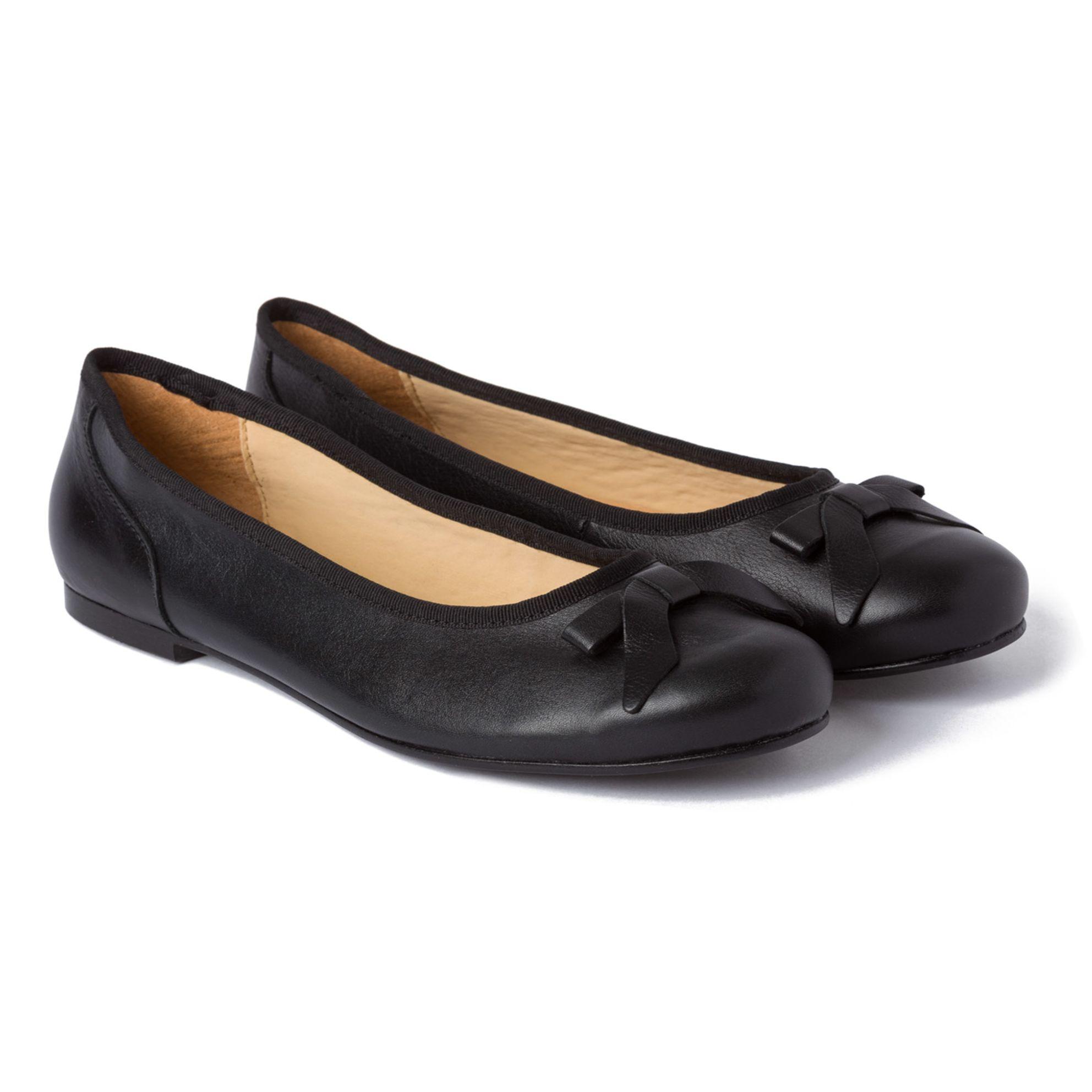 Ballerina mit Schleife Schwarz – modischer und bequemer Schuh für Hallux valgus und empfindliche Füße von LaShoe.de