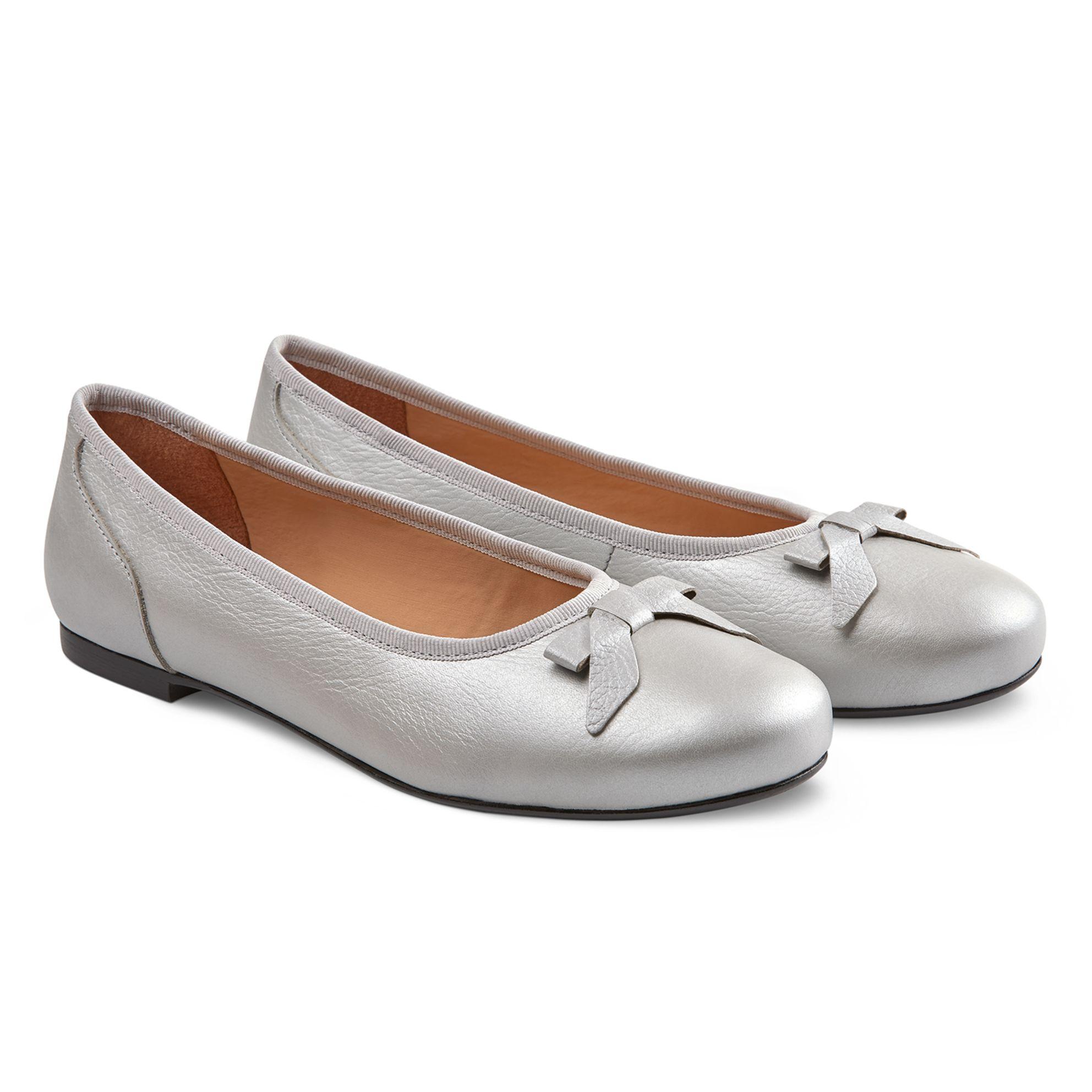 Ballerina mit Schleife Silber – modischer und bequemer Schuh für Hallux valgus und empfindliche Füße von LaShoe.de