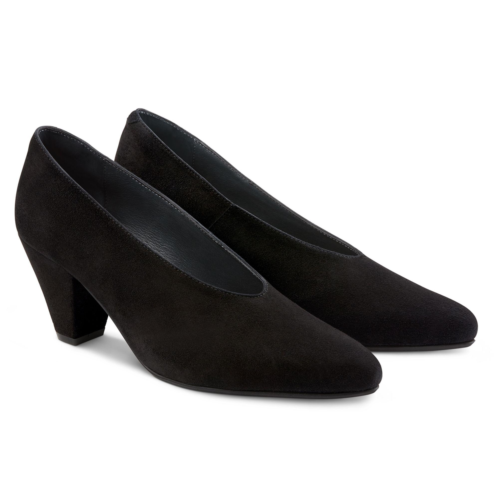 V-Shape-Pumps auf Trichterabsatz Schwarz – modischer und bequemer Schuh für Hallux valgus und empfindliche Füße von LaShoe.de