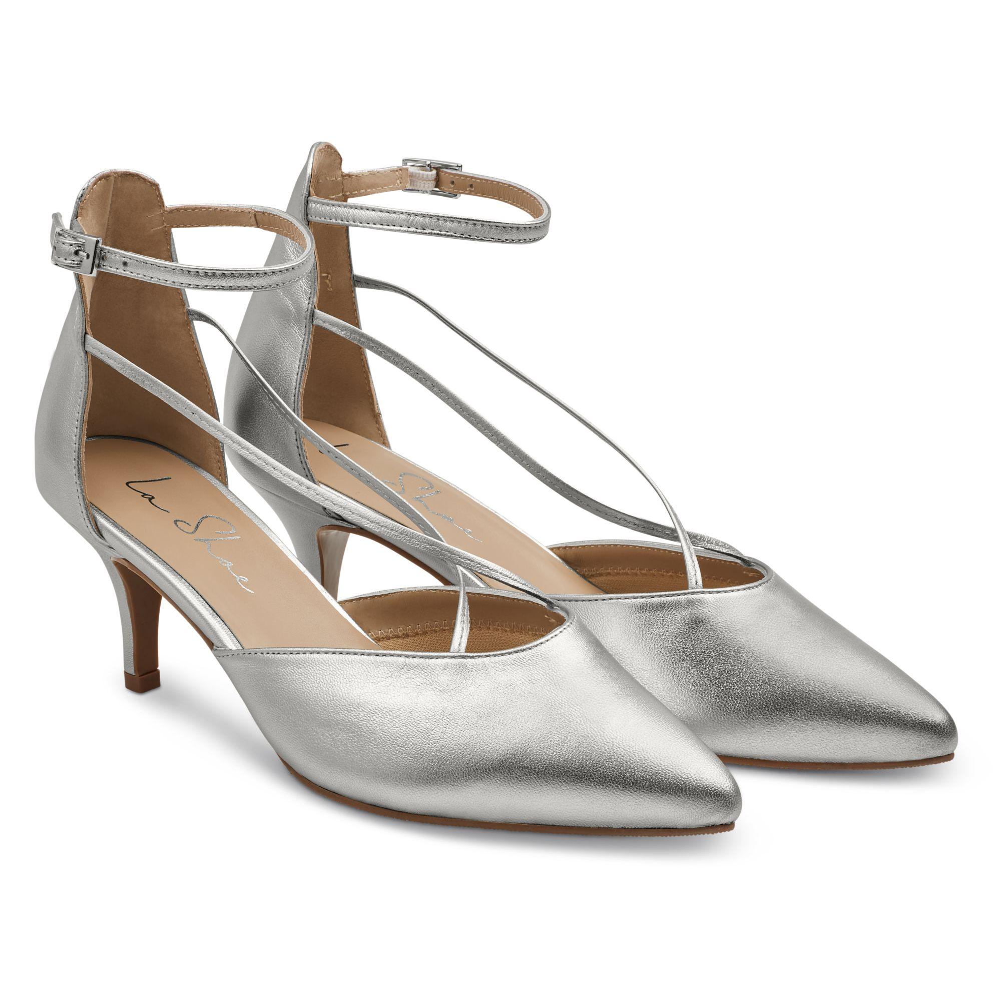 Pumps mit Kreuzriemchen Silber – modischer und bequemer Schuh für Hallux valgus und empfindliche Füße von LaShoe.de