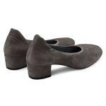 Pumps auf Blockabsatz Grau  – modischer und bequemer Schuh für Hallux valgus und empfindliche Füße von LaShoe.de