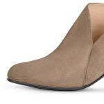 Stiefelette mit V-Cut-Out Taupe – modischer und bequemer Schuh für Hallux valgus und empfindliche Füße von LaShoe.de