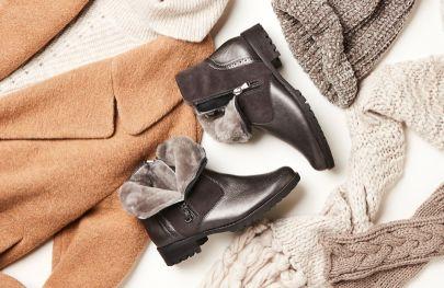 Wärmstens zu empfehlen: Mit unseren LaShoes mit hochwertigem Lammfell-Innenfutter bleiben Ihre Füße auch im Winter wohlig warm