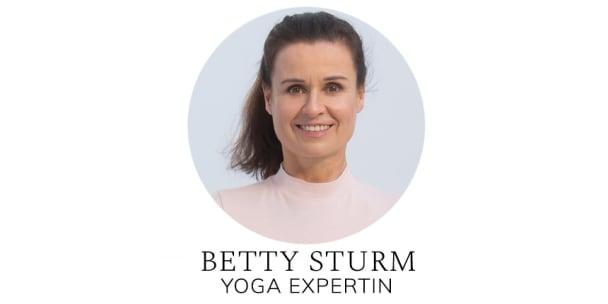 Die Yoga-Expertin Betty Sturm: Yoga-Übungen zur Prävention von Hallux valgus