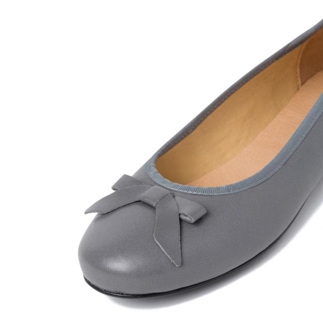 Ballerina mit Schleife Dunkelgrau – modischer und bequemer Schuh für Hallux valgus und empfindliche Füße von LaShoe.de