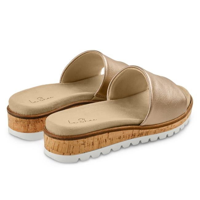 Pantolette mit Wechselfußbett Gold – modischer und bequemer Schuh für Hallux valgus und empfindliche Füße von LaShoe.de