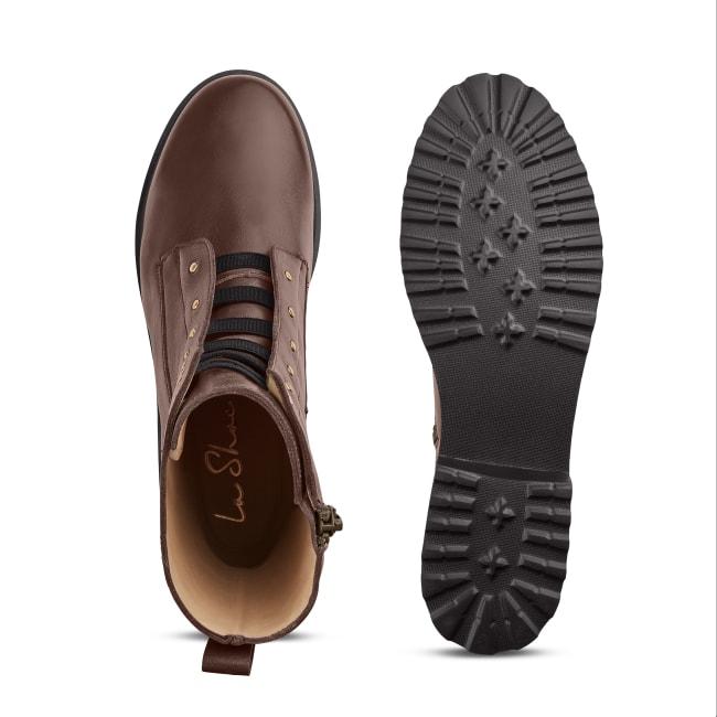 Combat Boot mit Nieten und Wechselfußbett Braun – modischer und bequemer Schuh für Hallux valgus und empfindliche Füße von LaShoe.de