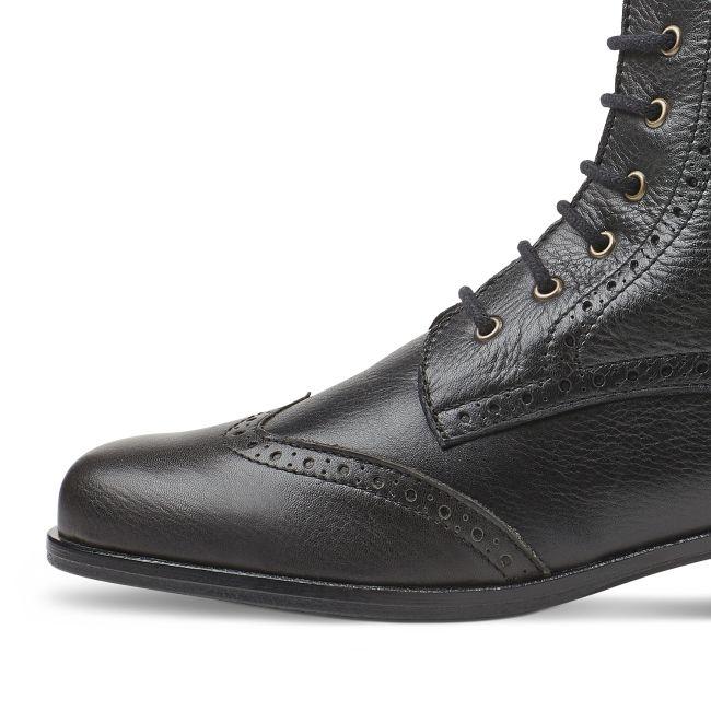 Schnürboot mit Lyralochung Schwarz – modischer und bequemer Schuh für Hallux valgus und empfindliche Füße von LaShoe.de