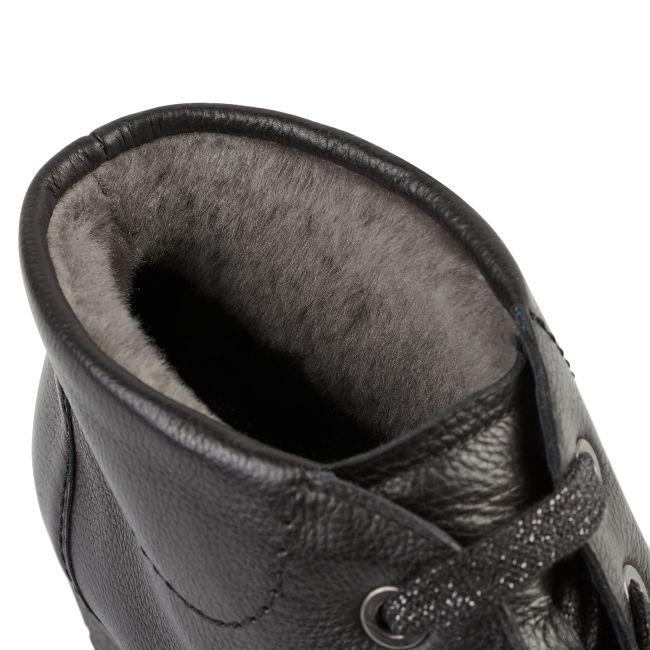 Lammfell Schnürschuh Schwarz – modischer und bequemer Schuh für Hallux valgus und empfindliche Füße von LaShoe.de