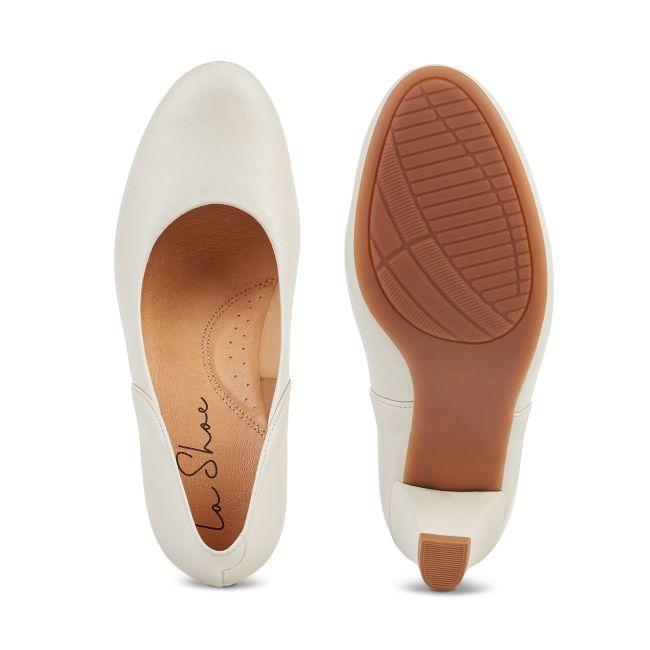 Klassischer Pumps mit Softfußbett Perlweiss – modischer und bequemer Schuh für Hallux valgus und empfindliche Füße von LaShoe.de