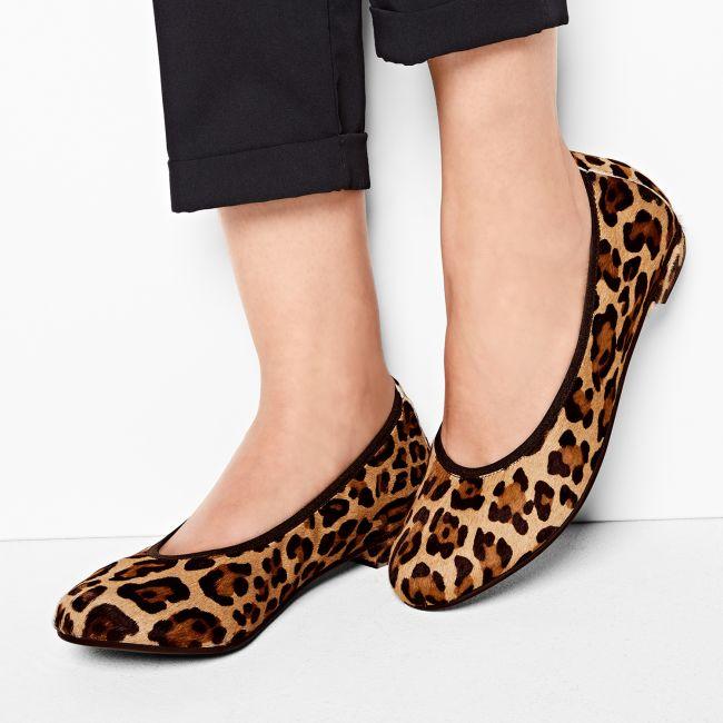 Ballerina Animal Print Leo – modischer und bequemer Schuh für Hallux valgus und empfindliche Füße von LaShoe.de