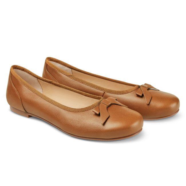 Ballerina mit Schleife Cognac – modischer und bequemer Schuh für Hallux valgus und empfindliche Füße von LaShoe.de