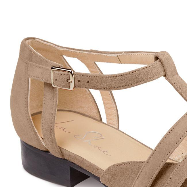 Ballerina T-Strap Taupe – modischer und bequemer Schuh für Hallux valgus und empfindliche Füße von LaShoe.de