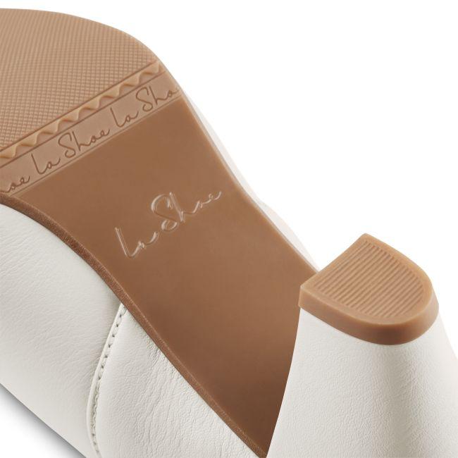 Klassischer Pumps mit Softfußbett Perlweiß – modischer und bequemer Schuh für Hallux valgus und empfindliche Füße von LaShoe.de