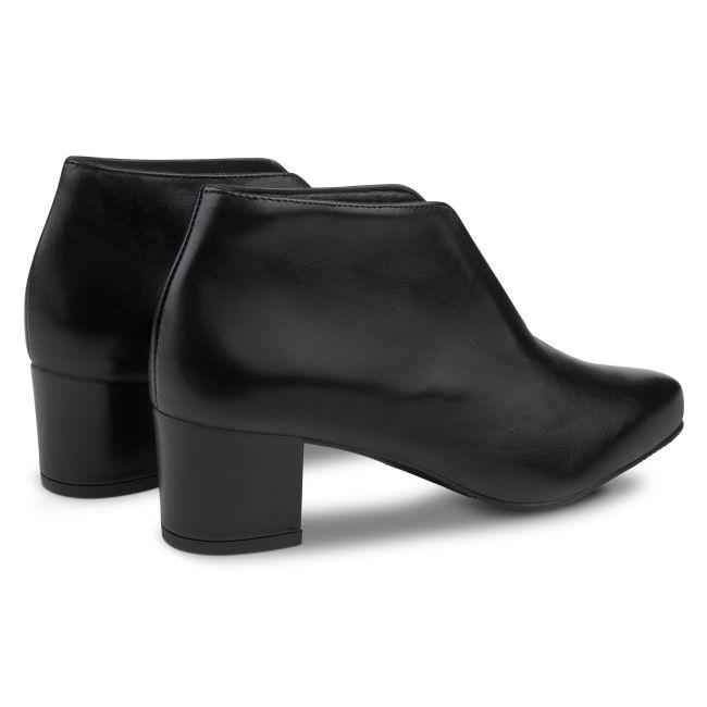 V-Shape Bootie Schwarz – modischer und bequemer Schuh für Hallux valgus und empfindliche Füße von LaShoe.de